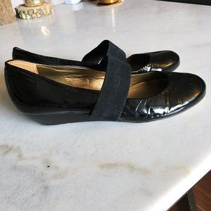 Arturo Chiang black patent leather wedge mary jane shoes (size 7.5M)